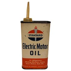 Standard electric motor oil can