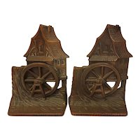 Cast iron old mill bookends