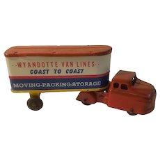 Wyandotte van lines coast to coast truck