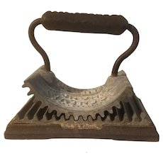 Geneva hand fluter 19th century fluting iron