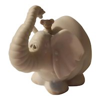 Precious moments 'Showers of blessings' elephant figurine