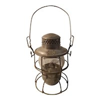 Chicago Northwestern railroad lantern