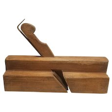 Wood molding plane, antique, unsigned