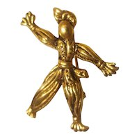 Goldtone scarecrow pin