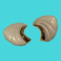 "Vintage Monet White & Gold Tone 1"" Clip On Earrings"