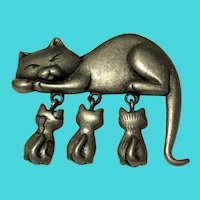 Vintage Danecraft Pewter Mother Cat & Kittens Brooch