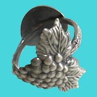 Set of 8 Vintage Beaulieu Vineyard BV Pewter Napkin Rings
