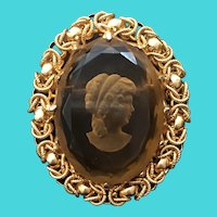 Vintage Gold Tone Amber Class Reversed Carved Cameo Brooch / Pin