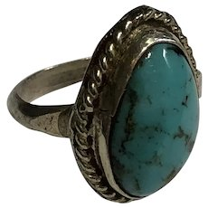 Small Size 3.5 Ring Vintage Sterling Silver & Bezel Set Turquoise Cabochon