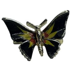 Adorable Small Vintage Enamel Butterfly Pin / Brooch