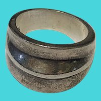 Vintage Size 6 Heavy .925 Sterling Silver Ring - 10.2 grams