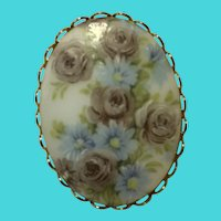 Vintage Early to Mid Century Floral Painted Porcelain Oval Brooch / Pin