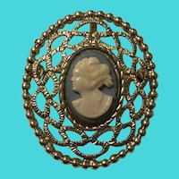 Vintage Gold Tone Sarah Coventry Classic Left Facing Cameo Brooch / Pin