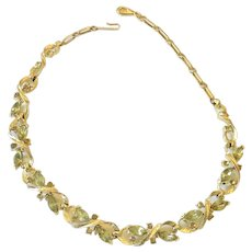 """Vintage Gold Tone LISNER 13-15"""" Necklace with Green Rhinestone Leaves"""