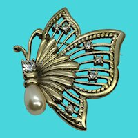 Stunning Gold Tone Butterfly Brooch w/ Faux Pearl & Rhinestone Accents - ROMAN