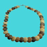 "Fun Vintage Wooden Disc 18"" Necklace in Shades of Brown"