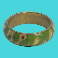 "Fun Green Dyed Bone Inlay Brass 8"" Vintage Bangle Bracelet"
