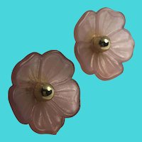 Unique Vintage Pink & Gold Tone Lucite Flower Stud Earrings