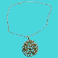 "Stunning Peridot & Coral Pendant on 18"" Gold Tone Chain"