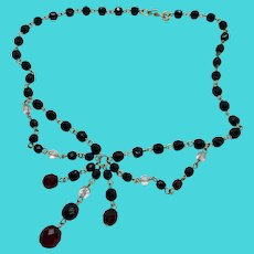 """Stunning Vintage Monet Faceted Glass Bead Crystal 16"""" Festoon Necklace"""