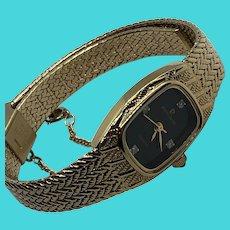 Pierre Cardin Stunning Vintage Gold Tone Ladies Elegant Analog Quartz Watch