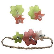 """Stunning Vintage Lucite Flower Earrings & Matching 7"""" Bracelet Set"""