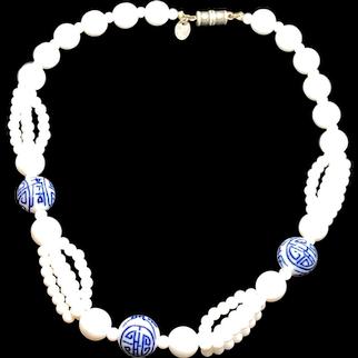 "Stunning Vintage Les Bernard White & Painted Blue Bead 16"" Necklace"
