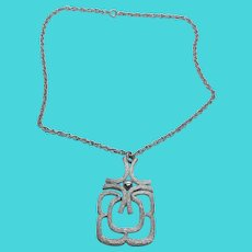 """Fun AVON Vintage Silver Tone Figural Abstract Pendant Necklace on 18"""" Chain"""