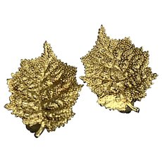 Stunning Gold Tone Leaf Clip On Vintage Earrings - Marked Austria