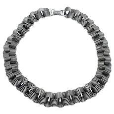 "Unique Vintage 15"" Silver Tone Interlocking Stacked Circles Choker Necklace"