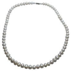 """Gorgeous Vintage 20"""" Cultured Freshwater Pearl Necklace"""