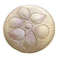 """7 5/8"""" Royal Worcester Oyster Plate"""