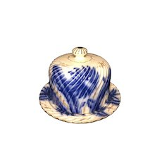 Flow blue beehive covered cheese dish