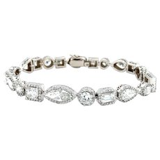 15 Carats Fancy Shapes Diamond Bracelet 18kt Gold