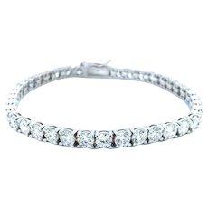 10 ct Fine Diamond Tennis Bracelet in 18kt White Gold