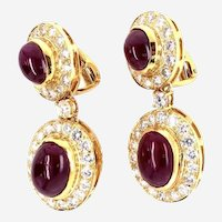 Vintage 20 ct Ruby and 4 ct Diamonds 18kt Yellow Gold Dangling Earring