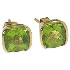 14 kt Gold 3 ct Peridot Stud Earring