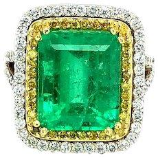 7.15 Carat Emerald & Diamonds Cocktail Ring 18kt Gold