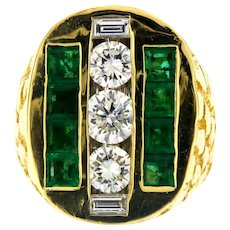 Vintage Diamond & Emerald Solid 18kt Gold Men's Nugget Ring, Investment quality