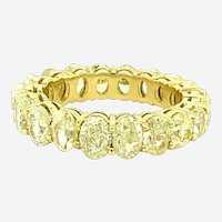 5.88 ct Natural Yellow Diamond Eternity Band Ring in 18kt Yellow Gold