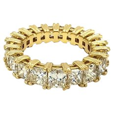 5.75 Carats Diamond Eternity Band 18kt Gold