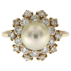 Pearl Ring in 18kt Yellow Gold and 0.86 ct Diamonds