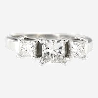 Vintage 3 Stone 1.13 ct Diamond Ring in 14 kt White Gold