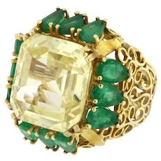 Rare 21.86 ct Natural Sapphire and Emerald One of a Kind Ring, Circa 1960-70 , Certified.