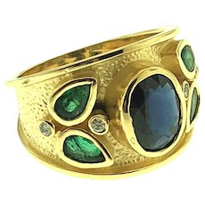 Dazzling 14kt Yellow Gold Sapphire Emerald and Diamond Ring