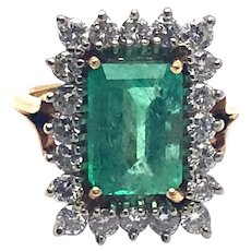 Vintage 4.75 ct Emerald Diamonds Cocktail Ring in 14 kt Gold
