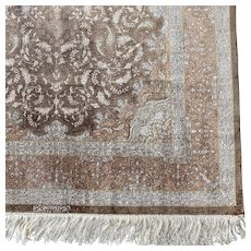 Signed Persian Gum silk Oriental rug 4.11x3.3