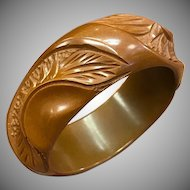 Rare 1940s Textured Carved Brown Thick Bakelite Bangle