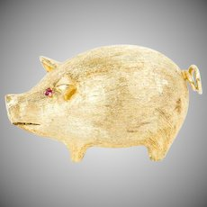 Vintage 1960s 14k gold novelty pig pin with ruby eyes collectible brooch
