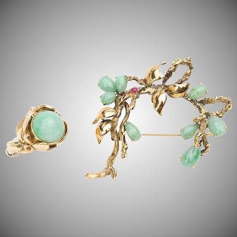 Signed 14k yellow gold, jade, and ruby brooch with matching cocktail ring